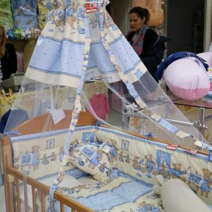 Baldahin za bebi krevetic